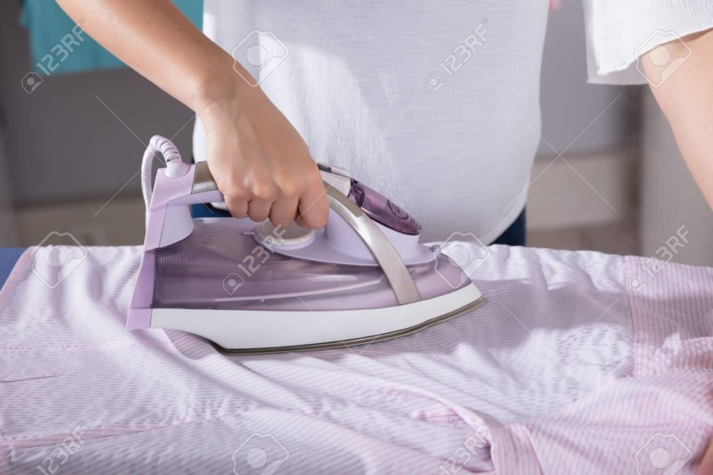 You can think buying a steam iron is an easy task to complete, but it is a bit tricky to find the best solution at optimum pricing and features